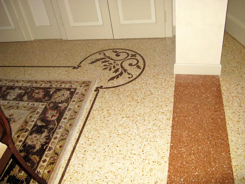 Pav in cemento e graniglia di botticino con decori in - Decori per pavimenti ...