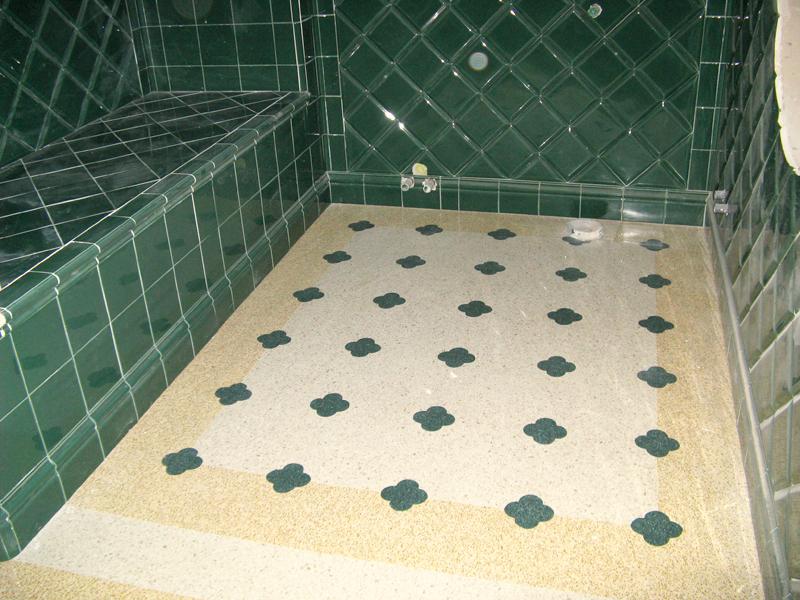 Piastrelle per bagno con fiori con piastrelle bagno turchese idea